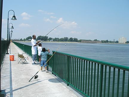 King-Lincoln Wave Screen Pier